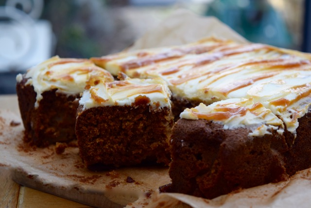 Toffee-apple-cake-recipe-lucyloves-foodblog