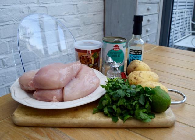 Chicken-cashew-massaman-curry-recipe-lucyloves-foodblog