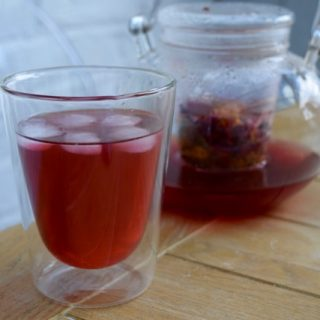 Hibiscus-calendula-tea-recipe-lucyloves-foodblog