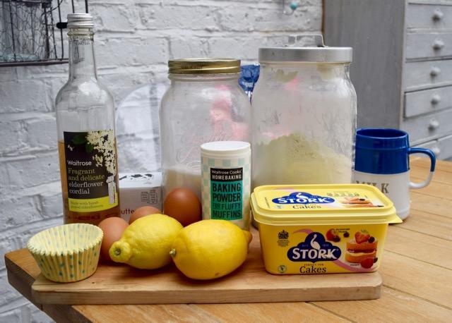 Lemon-elderflower-cupcake-recipe-lucyloves-foodblog