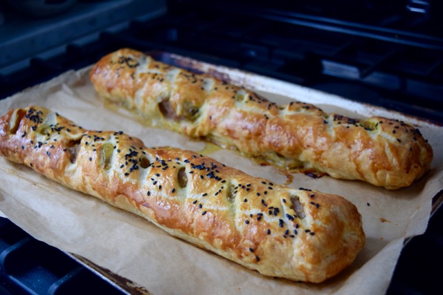 Foot-long-sausage-roll-recipe-lucyloves-foodblog