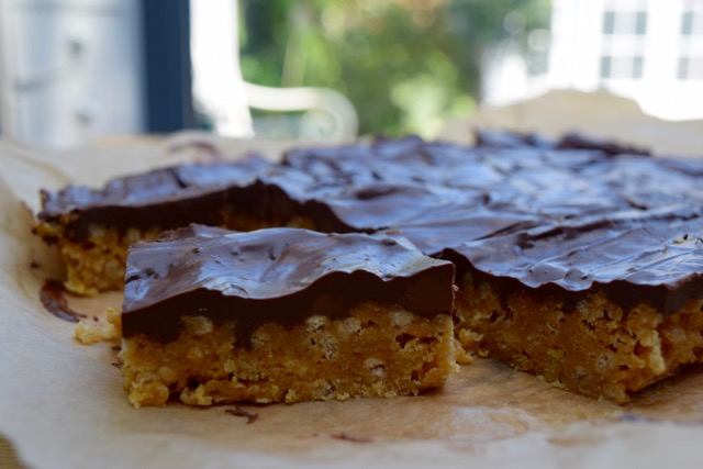 Peanut-chocolate-slice-recipe-lucyloves-foodblog