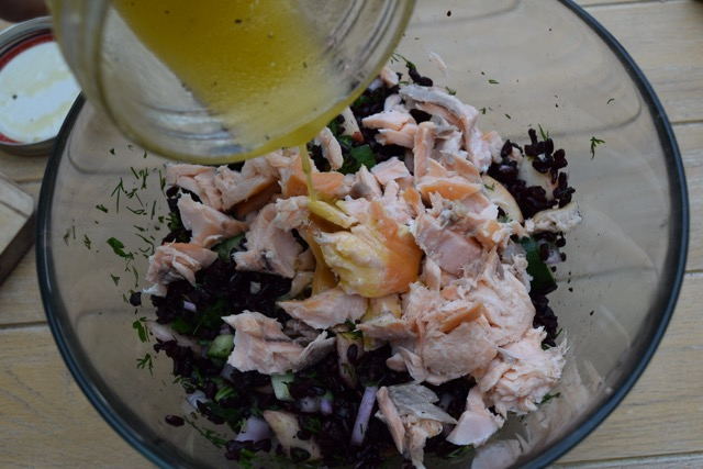Black-rice-salmon-salad-recipe-lucyloves-foodblog