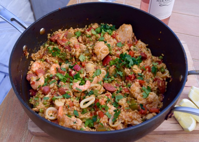 A Tasty Pot of Paella