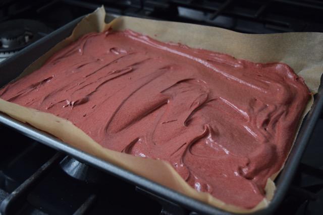 Red-velvet-roulade-recipe-lucyloves-foodblog