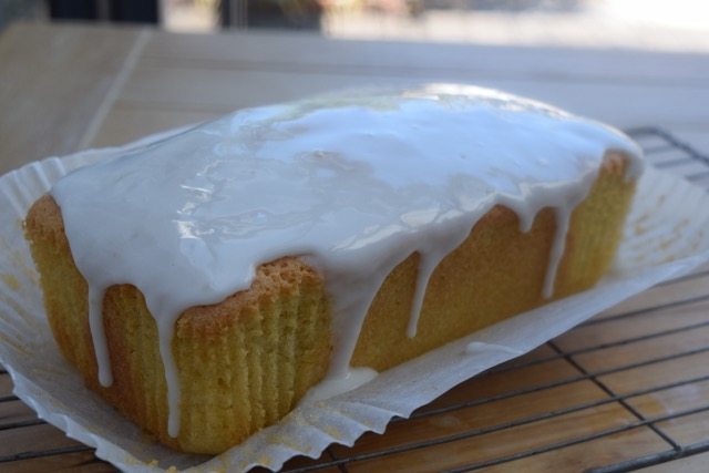 Gin-tonic-drizzle-cake-recipe-lucyloves-foodblog