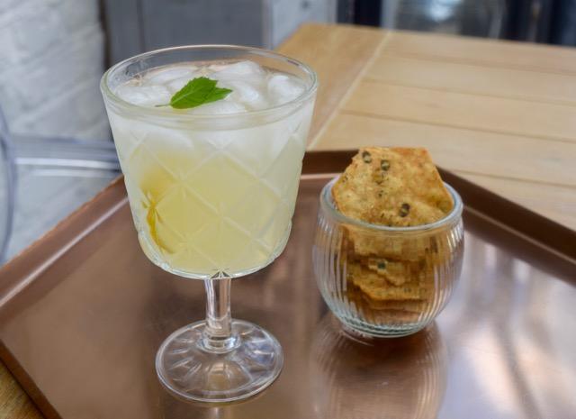 gin-homemade-lemonade-recipe-lucyloves-foodblog