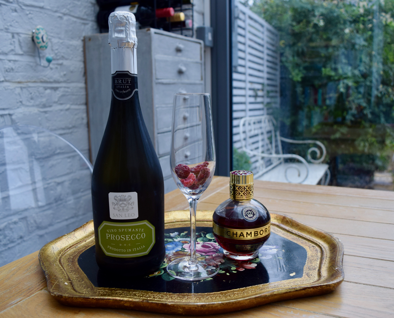 Raspberry-bellini-recipe-lucyloves-foodblog