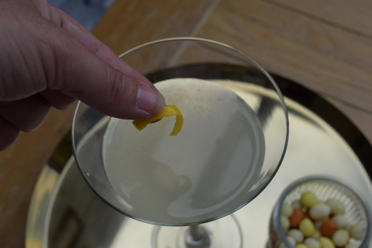Elderflower-martini-recipe-lucyloves-foodblog