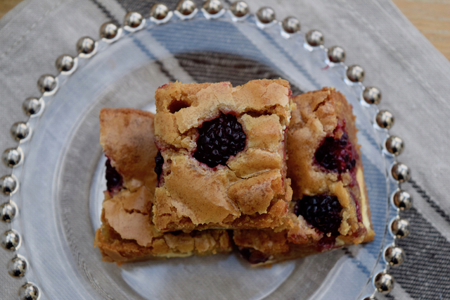 One Bowl Blackberry Blondies