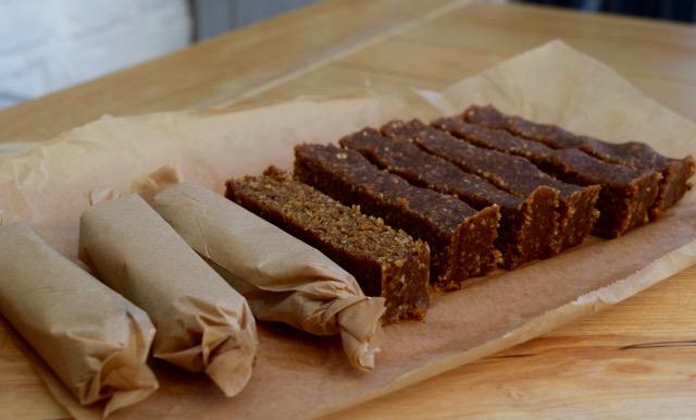 homemade-carrot-cake-nakd-bars-recipe-lucyloves-foodblog