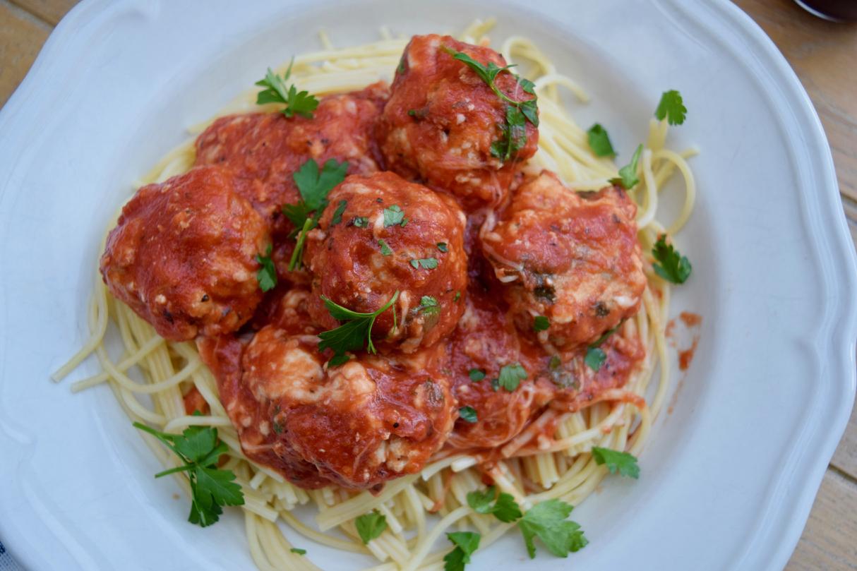 Italian-Chicken-Meatballs-recipe-lucy-loves-foodblog