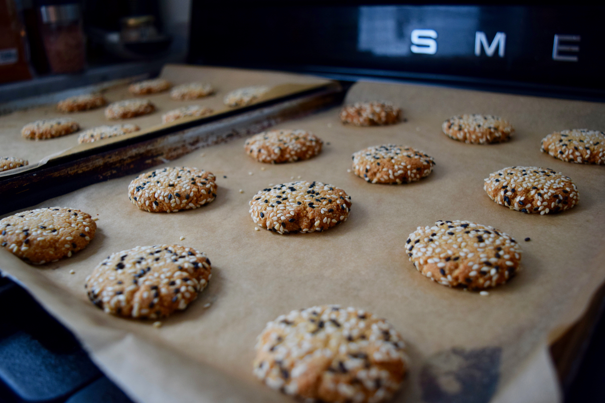 Tahini-sesame-cookies-recipe-lucyloves-foodblog