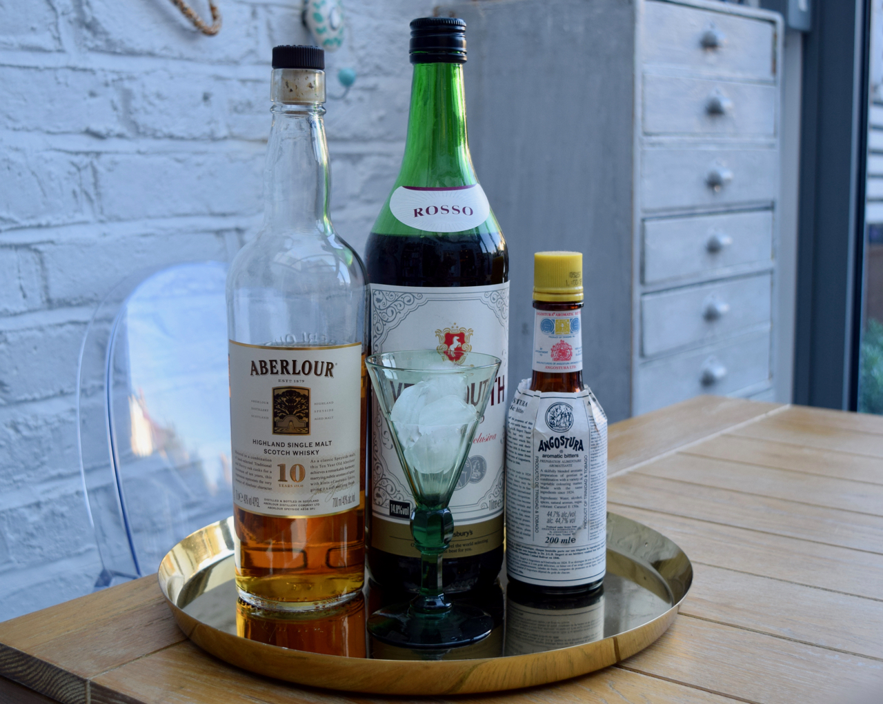 Rob-roy-cocktail-recipe-lucyloves-foodblog