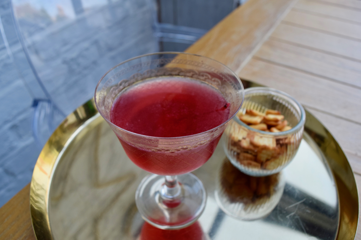 Let's-kiss-cocktail-recipe-lucyloves-foodblog