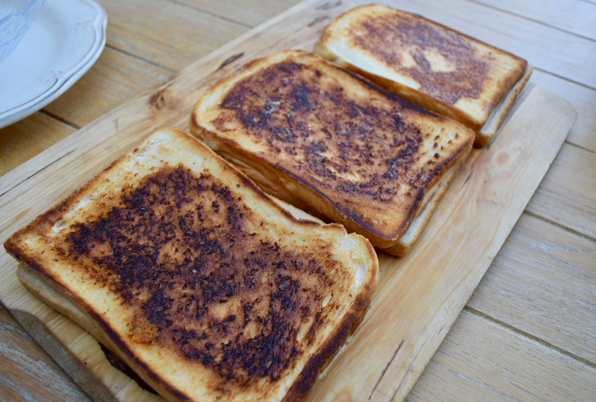 Roasted-tomato-soup-grilled-cheese-recipe-lucyloves-foodblog