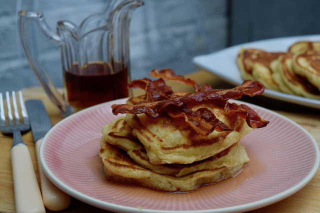Fluffy-breakfast-pancakes-recipe-lucyloves-foodblog