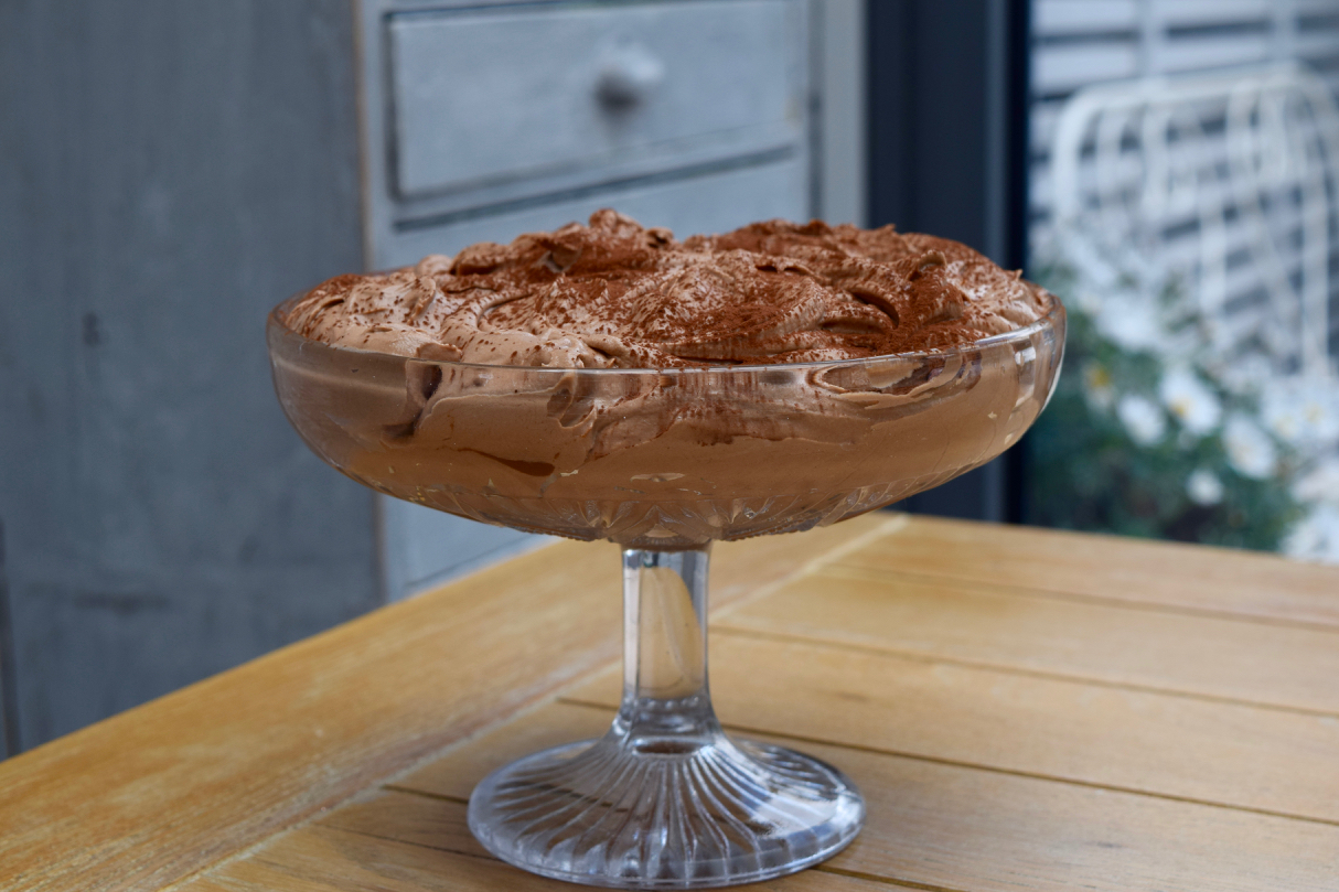 Chocolate-hazelnut-mousse-recipe-lucyloves-foodblog