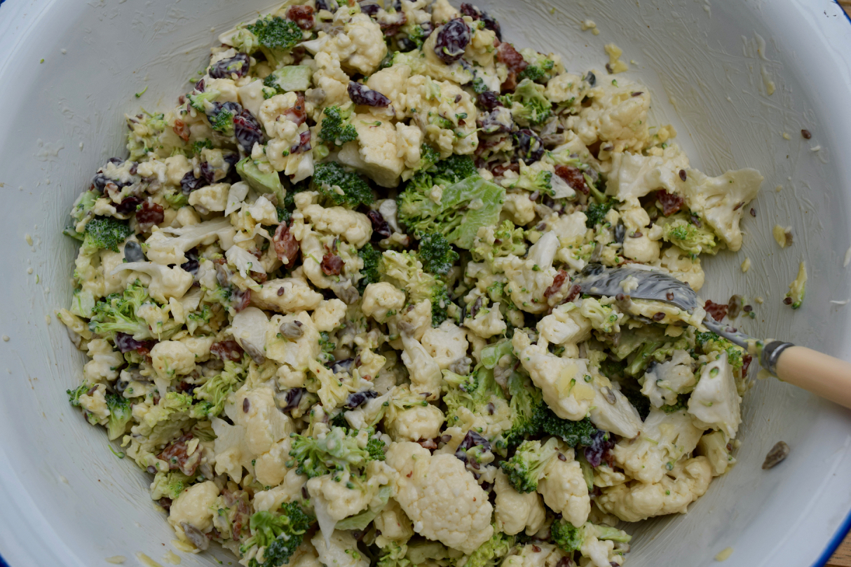 Raw-cauliflower-broccoli-salad-recipe-lucyloves-foodblog