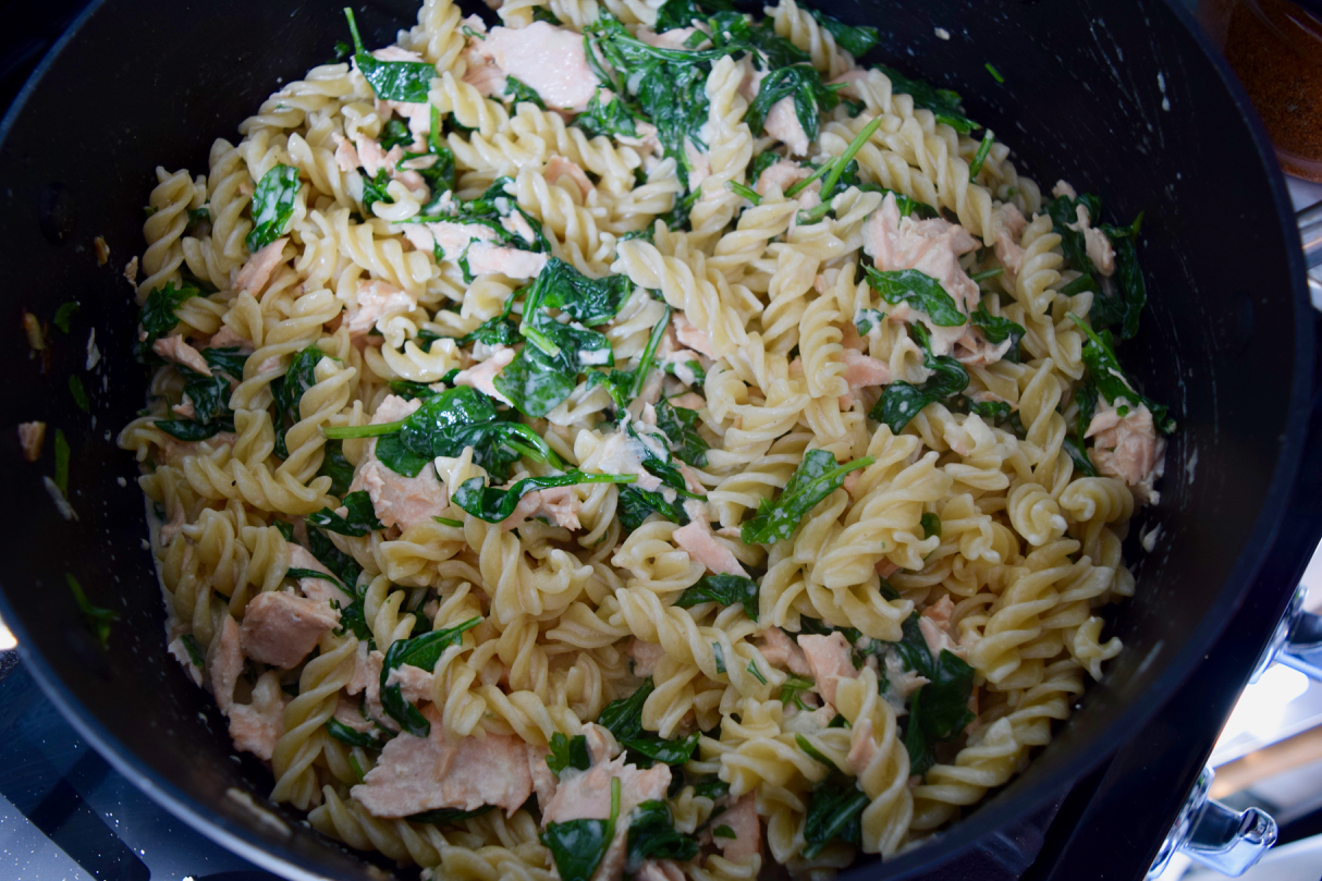 Pasta-salmon-spinach-recipe-lucloves-foodblog