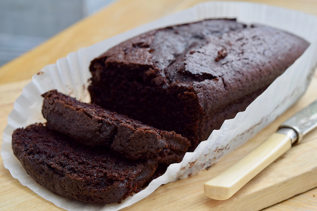 Chocolate-beer-loaf-cake-recipe-lucyloves-foodblog