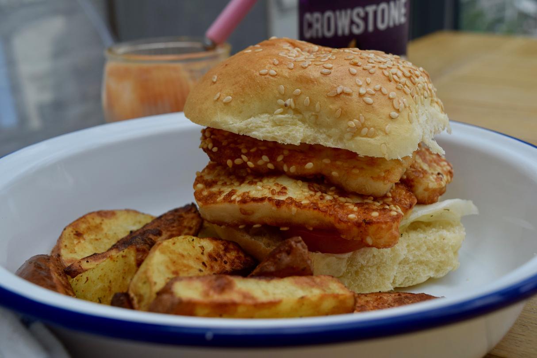 sesame-halloumi-burgers-recipe-lucyloves-foodblog
