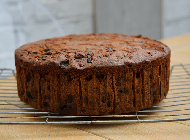 Christmas Cake recipe from Lucy Loves Food Blog