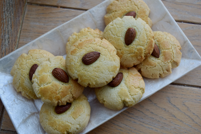 Chinese Almond Cookies recipe from Lucy Loves Food Blog