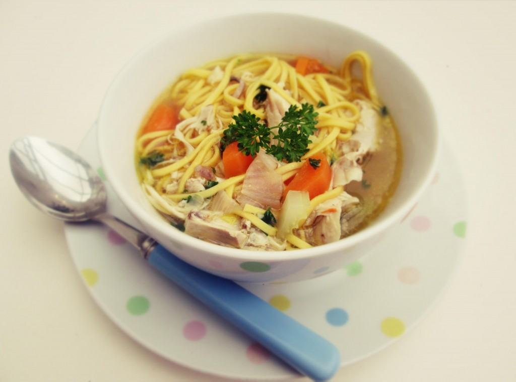 Chicken-noodle-soup-Lucyloves-food-blog