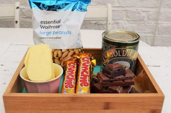 Chocolate-peanut-crunchie-slab-lucyloves-foodblog