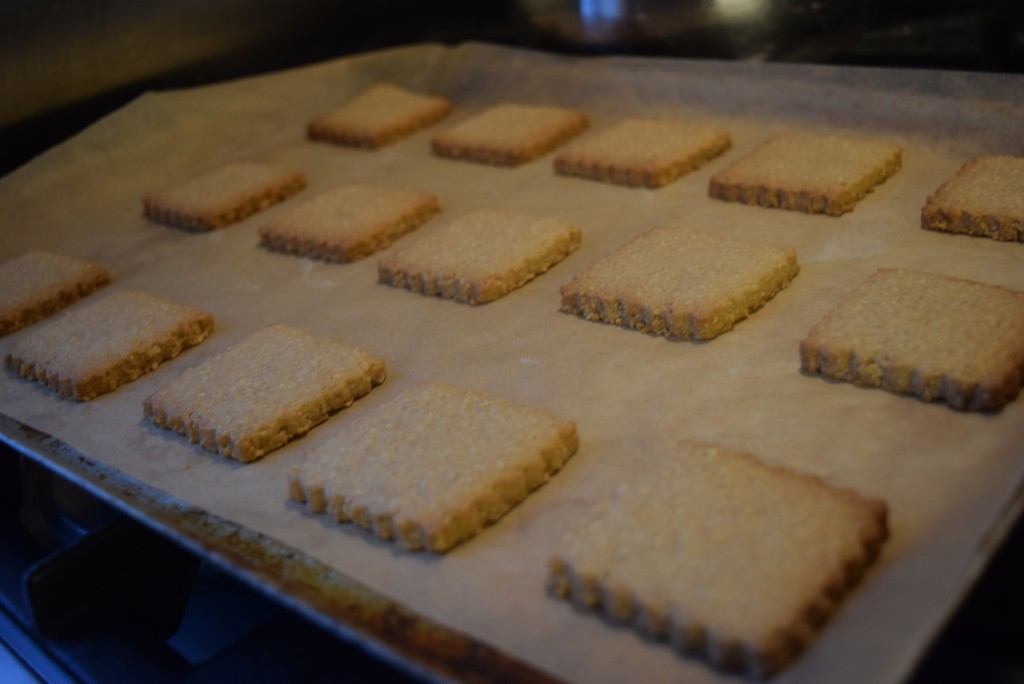 Maple-sryup-digestives-recipe-lucyloves-foodblog