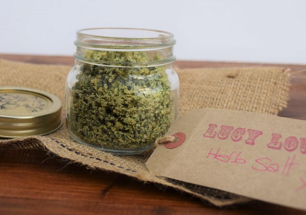 Herb-garlic-salt-lucyloves-foodblog