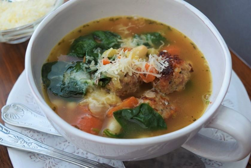 Italian-wedding-soup-recipe-lucyloves-foodblog