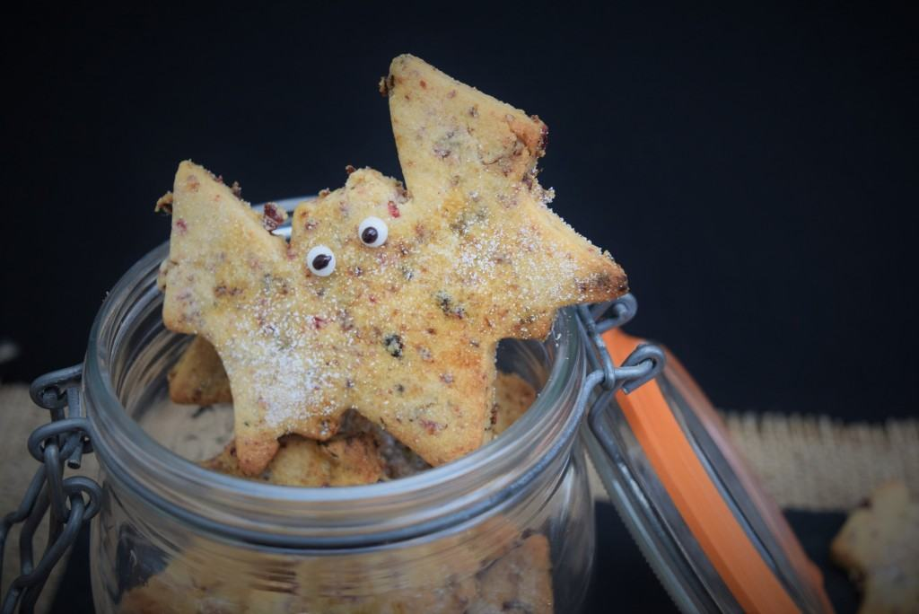 Garibaldi-biscuits-lucyloves-foodblog