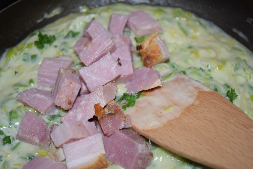 Turkey-ham-pie-lucyloves-foodblog