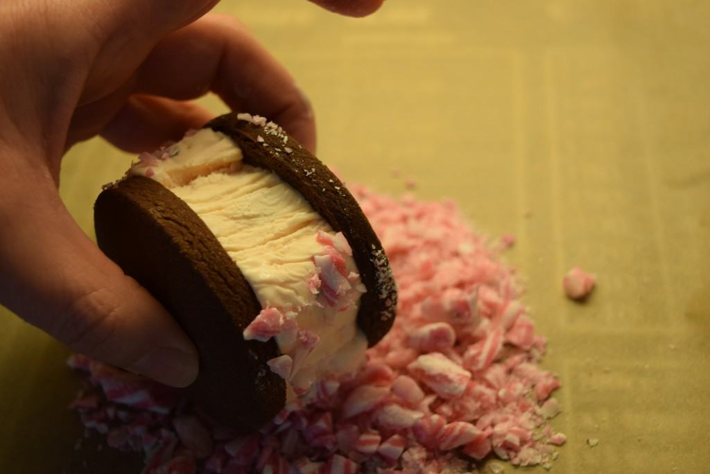 Candy-cane-ice-cream-sandwiches-lucyloves-foodblog