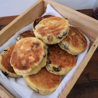 welsh-cakes-recipe-lucy-loves-food-blog