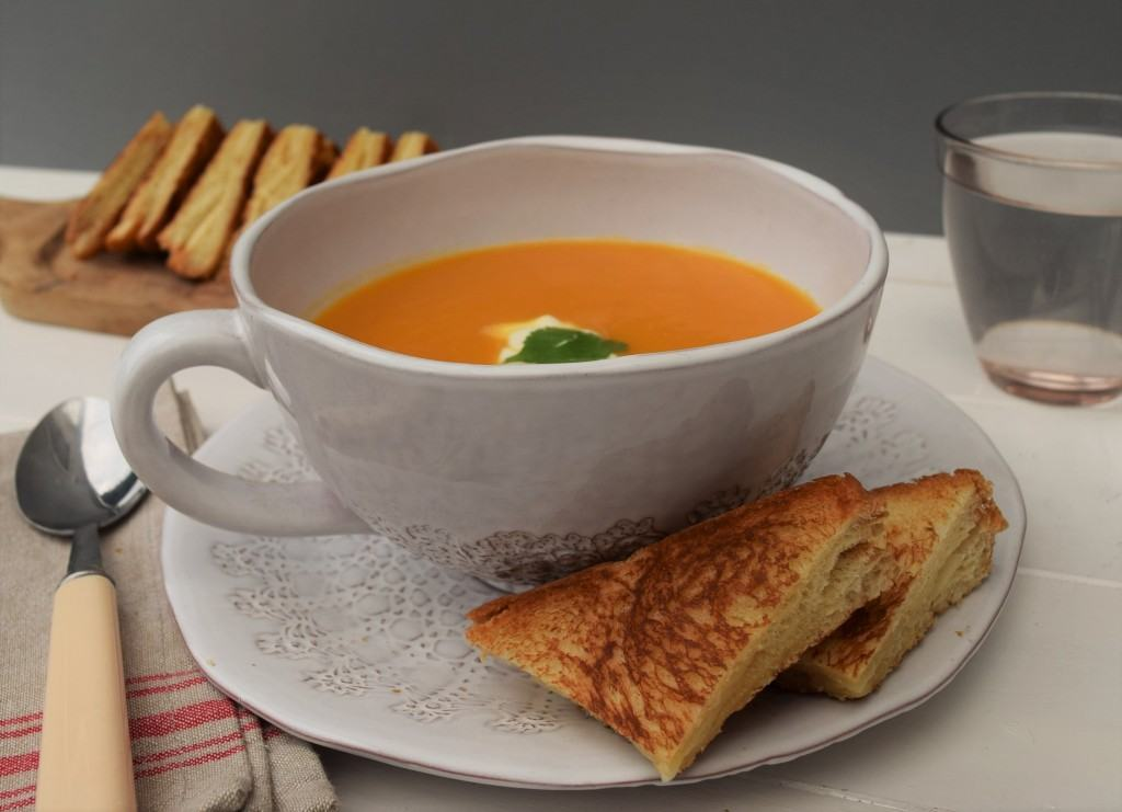 Sweet-potato-pepper-soup-recipe-lucyloves-foodblog