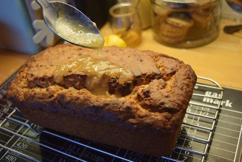 Bramley-apple-loaf-cake-lucyloves-foodblog