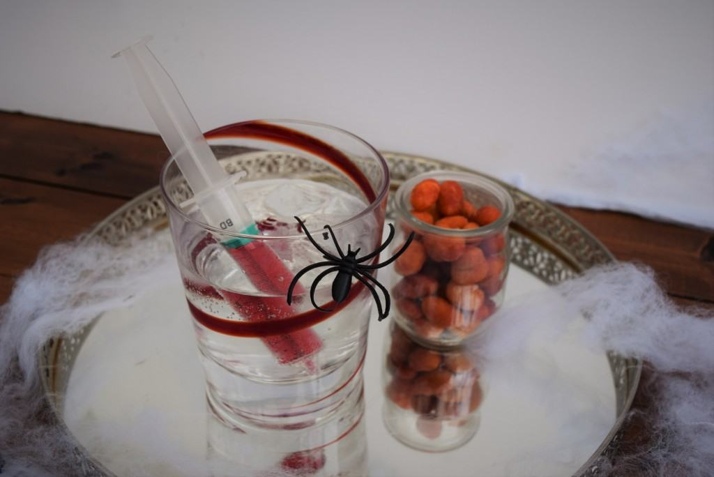 Halloween-dirty-shirley-cocktail-lucyloves-foodblog