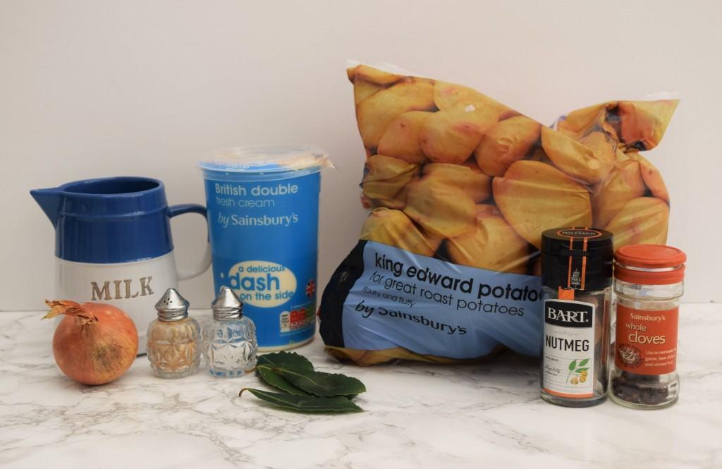 Seasonally-flavoured-potato-gratin-recipe-lucyloves-foodblog