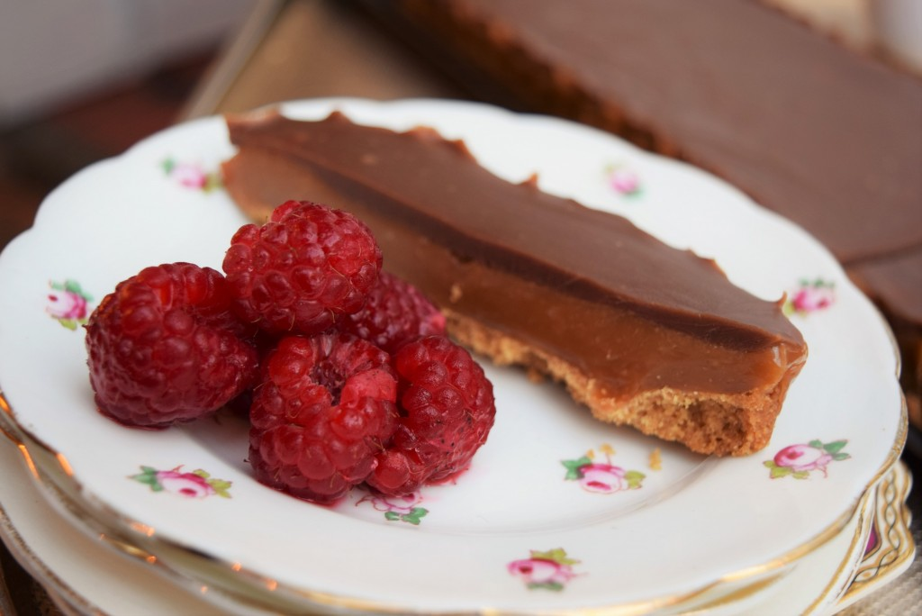 Chocolate-toffee-tart-lucyloves-foodblog