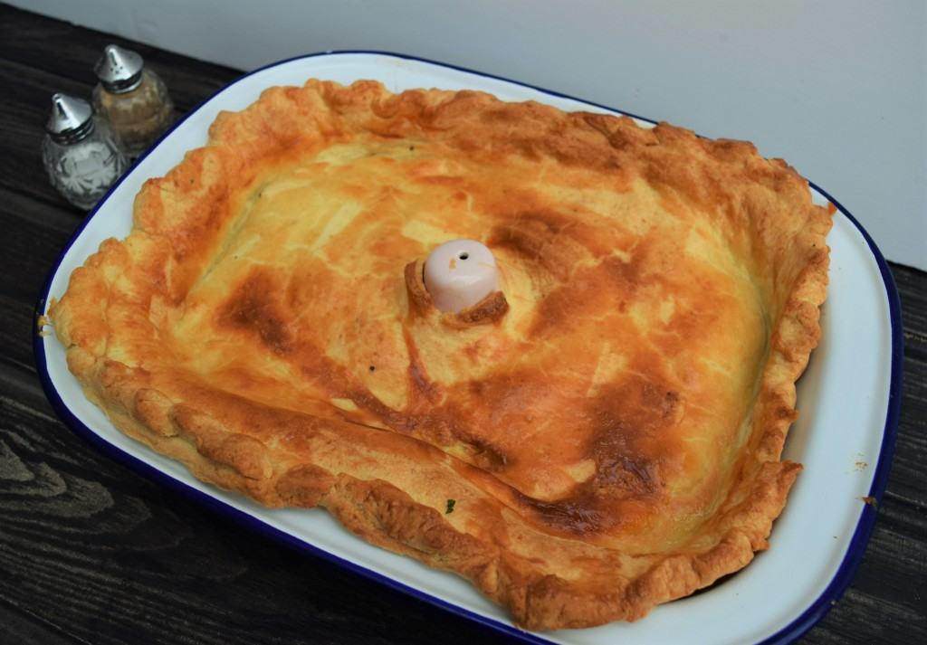 Minced-beef-cheese-pie-recipe-lucyloves-foodblog