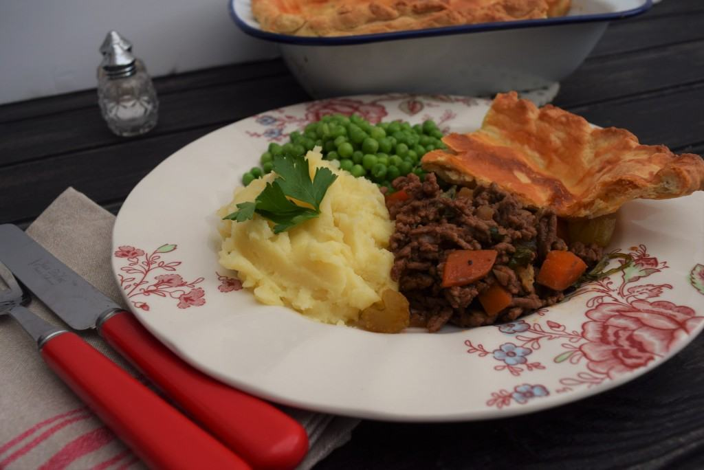 Mince-beef-pie-cheese-pastry-recipe-lucyloves-foodblog