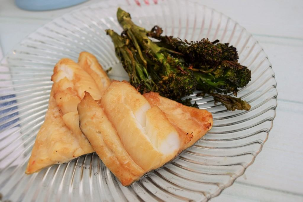 Honey-baked-cod-roasted-broccoli-lucyloves-foodblog