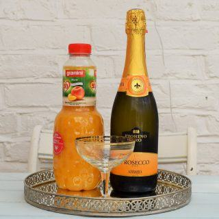 Peach-bellini-lucyloves-foodblog