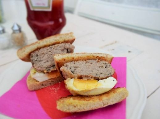 Sausage-egg-breakfast-muffins-lucyloves-foodblog