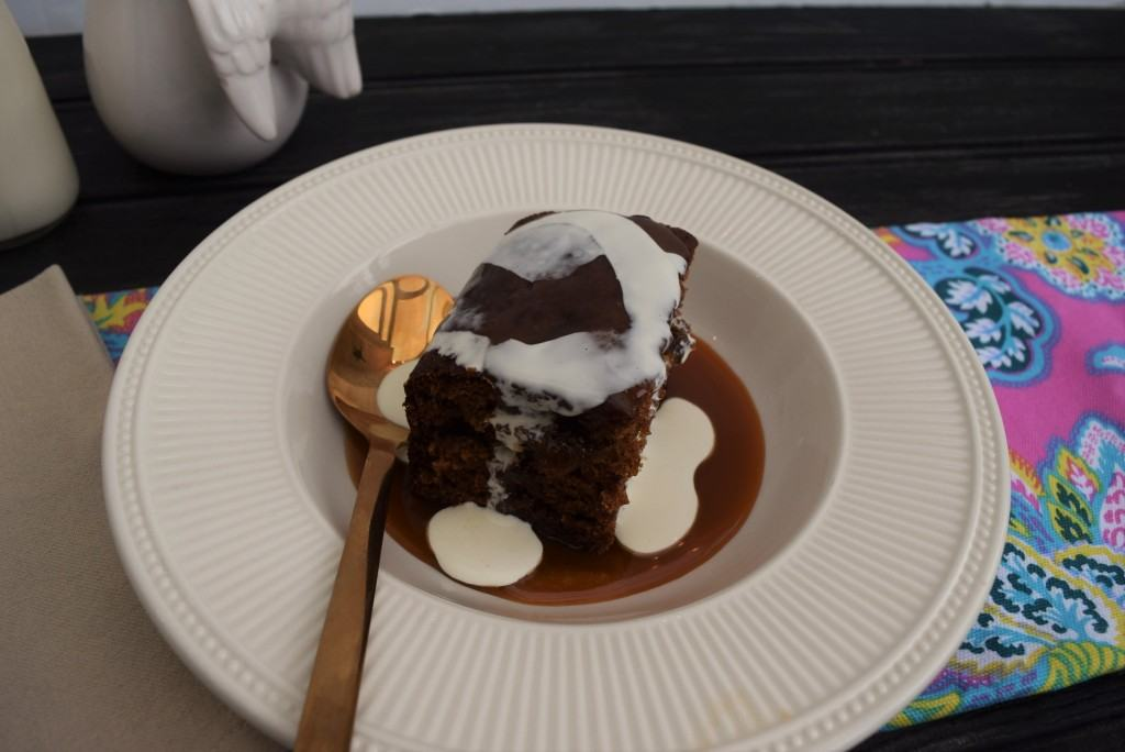 Sticky-toffee-pudding-recipe-lucyloves-foodblog