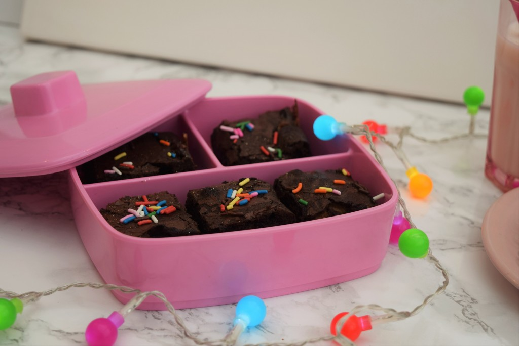 Chocolate-stuffed-brownies-lucyloves-foodblog