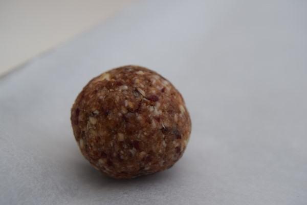 Date-cranberry-power-balls